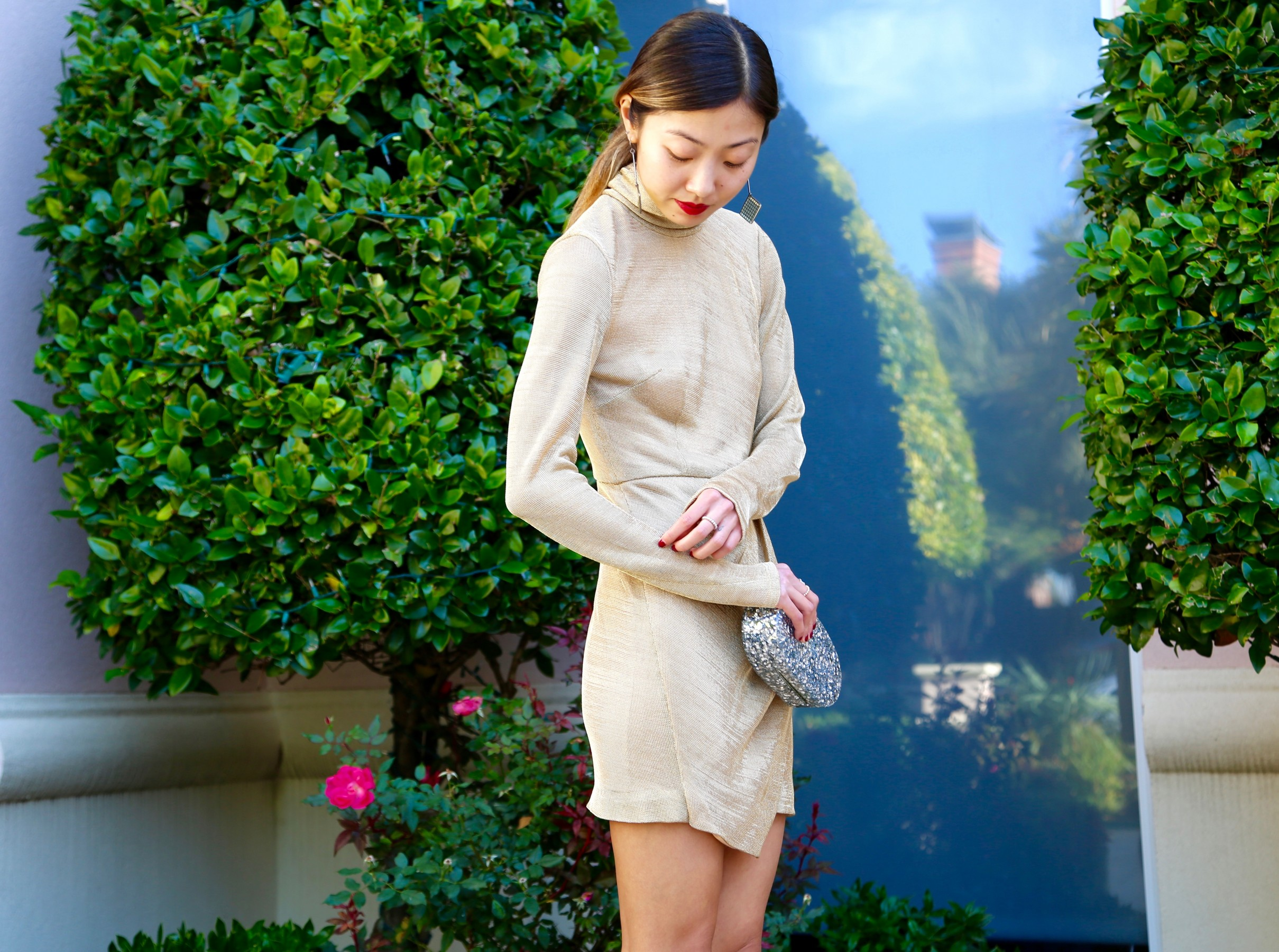 Gold turtleneck Dress1